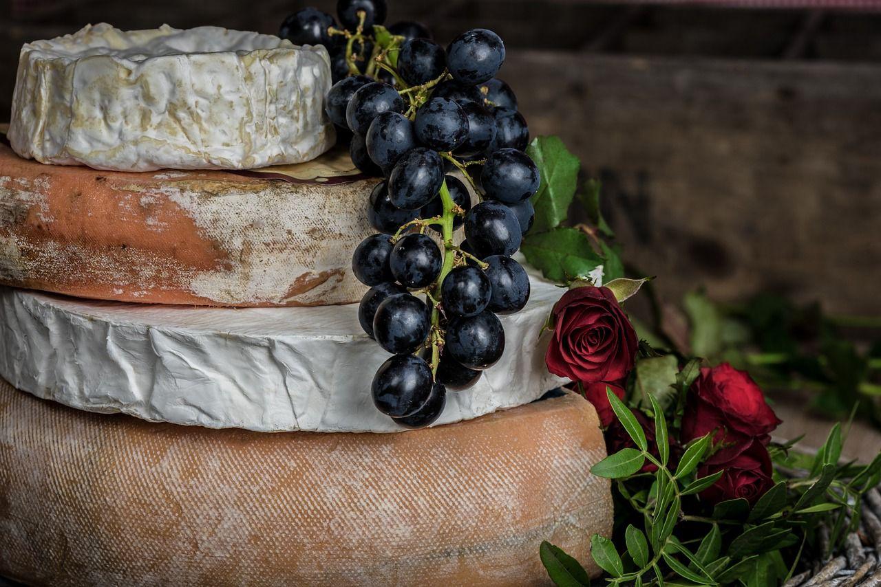 I benefici e le caratteristiche del formaggio di capra